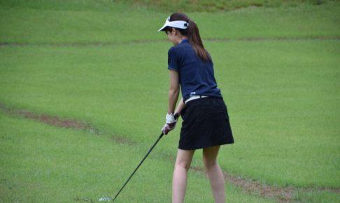 ゴルフ、アドレス、ボールの位置