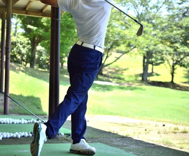 ゴルフ、スイング練習